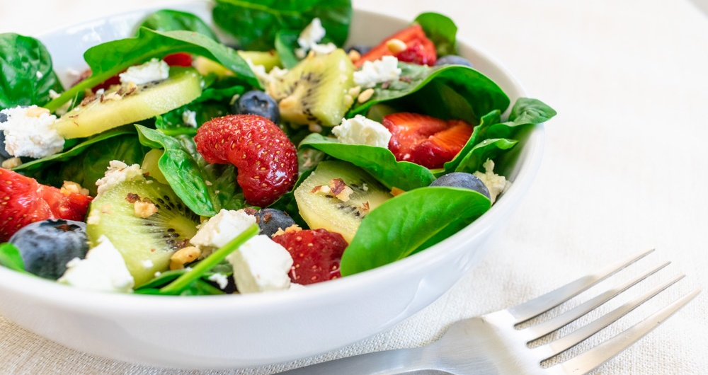 Food Photography - Spinach Salad with Fruit and Goat Cheese