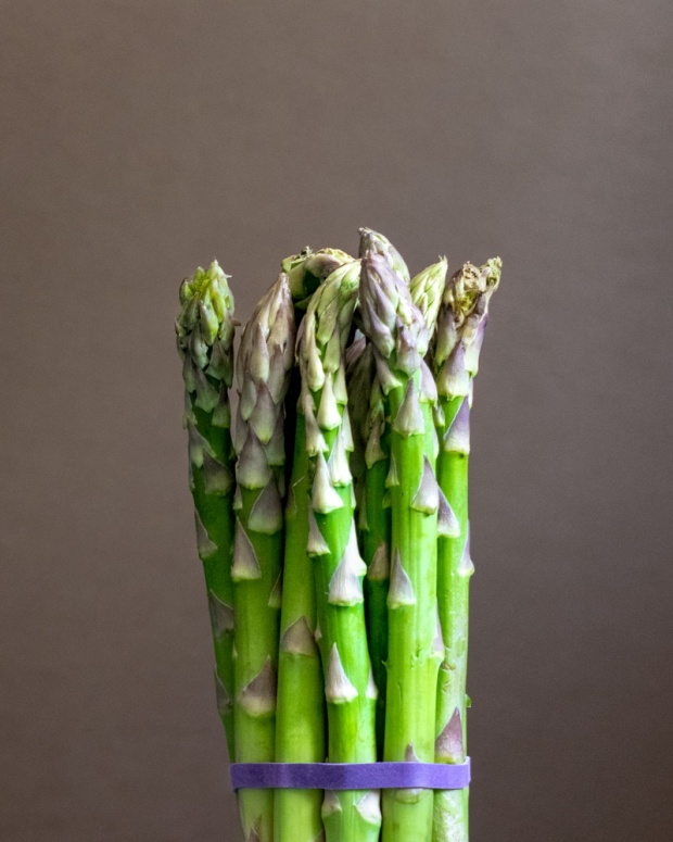 Food Photography Portfolio at ildiva.com - Bunch of Asparagus
