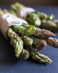 Food Photography Portfolio at ildiva.com - Asparagus close-up